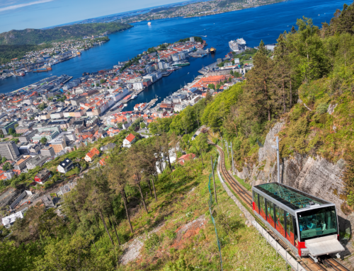 Friday daytime social to one of Norways main nature attractions: Fløyen